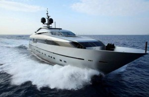 MY Onyx Sanlorenzo 40 Alloy for charter